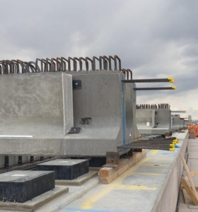 Prestressed Beams in place with the DFS (Diaphragm Formwork System) pre-fitted.