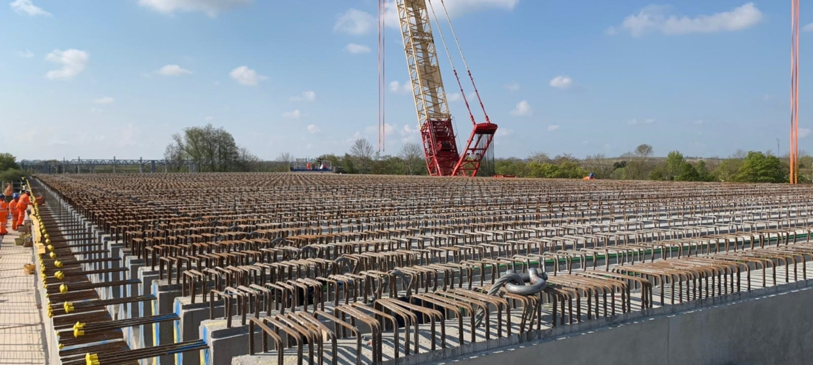 101 ABM Prestressed Y4 and YE4 beams placed over the West Coast Mainline